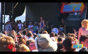 "3OH!3 - Rich Man"" & ""Don't Dance (live)"