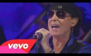 Scorpions - Dancing With The Moonlight (New Studio Version)