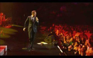 Michael Buble - Crazy Little Thing Called Love (Live @ Madison Square Garden)