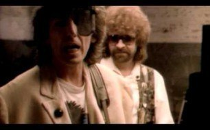 �������� ����������� ���� The Traveling Wilburys - Handle With Care