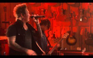 Papa Roach - Getting Away With Murder (Live @ Guitar Center)