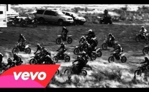 Black Rebel Motorcycle Club - Let The Day Begin