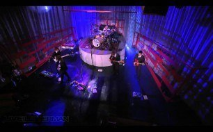 Foo Fighters - Times Like These (Live @ Letterman)