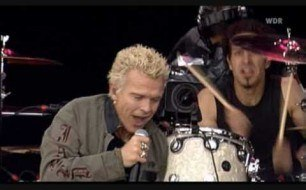 Billy Idol - Dancing With Myself (Live @ Rock Am Ring, 2005)