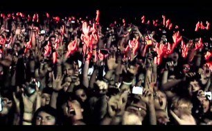 �������� ����������� ���� Muse - Uprising (Live @ Manchester 2010)