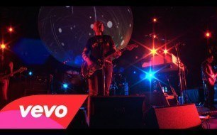 Смотреть музыкальный клип The Smashing Pumpkins - The Celestials (Live @ Barclays Center, 2012)