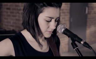 Kings Of Leon - Use Somebody (Boyce Avenue feat. Hannah Trigwell acoustic cover) on iTunes