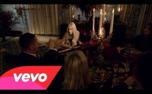 Lady Gaga - You And I (Live @ A Very Gaga Thanksgiving)