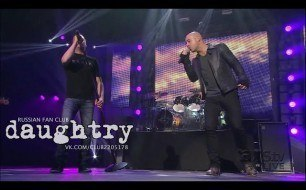 Смотреть музыкальный клип 3 Doors Down - Landing In London (All I Think About Is You) (Live @ 1st Bank Center, 2012)