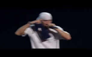 Eminem - Sing For The Moment (Live @ Joey Louis Arena)