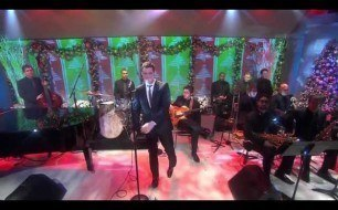 Michael Buble - Holly Jolly Christmas (ft. Graham Dechter) (Live @ Today Show)