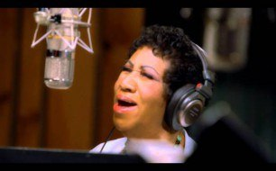 Tony Bennett - How Do You Keep The Music Playing feat. Aretha Franklin