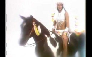 �������� ����������� ���� Sonny And Cher - Half-Breed