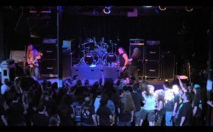 �������� ����������� ���� Decapitated - Pest (Live @ Scion AV)