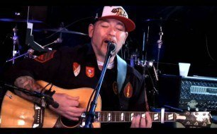 Everlast - Friend (Live @ Fearless Music)