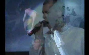 Pet Shop Boys - Hallo Spaceboy (Live @ Savoy Theatre, 1997)