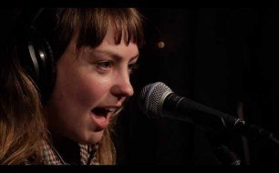 Angel Olsen - Sweet Dreams (Live @ KEXP, 2014)