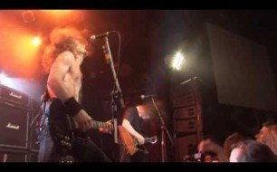 Airbourne - Girls In Black (Live)