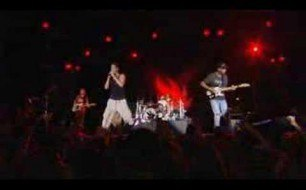 �������� ����������� ���� Audioslave - Show Me How To Live (Live)
