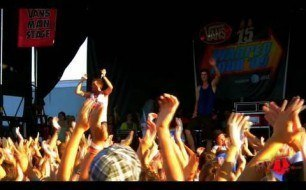3OH!3 - I'm Not Your Boyfriend Baby (live)