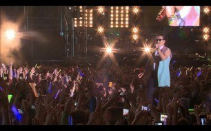 �������� ����������� ���� PSY - Entertainer (Live @ Seoul Plaza 2012)