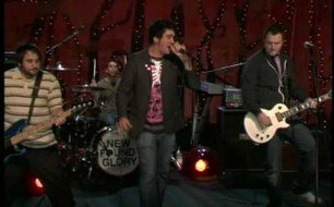 New Found Glory - My Friends Over You (Live @ MTV)