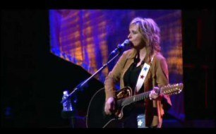 Melissa Etheridge - Come To My Window (Live @ Yahoo! Music)