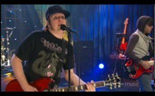 Fall Out Boy - This Ain't A Scene, It's An Arms Race (Livr @ AOL Sessions)