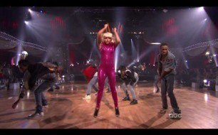 Lady Gaga - LoveGame (Live @ Dancing With The Stars Finale, 2009)