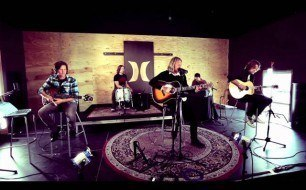 Switchfoot - Dark Horses (LIve Acoustic @ Hurley Studios)