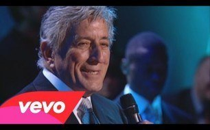 Tony Bennett - Who Can I Turn To (Live)