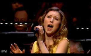 Hayley Westenra - Chestnuts Roasting On