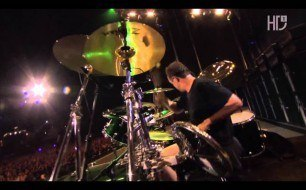 �������� ����������� ���� Metallica - Harvester Of Sorrow (Live @ Rock In Rio, 2004)
