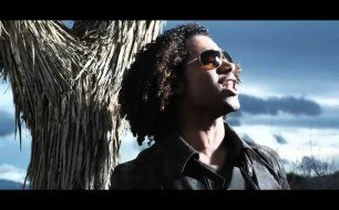 �������� ����������� ���� Corbin Bleu - Moments That Matter