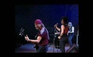 Deep Purple - Smoke On The Water (Live @ Montreux, 1996)