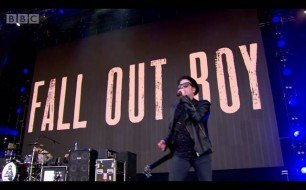 Fall Out Boy - My Songs Know What You Did In The Dark (Light Em Up) (Live @ Radio 1's Big Weekend, 2015)
