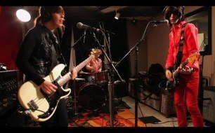 Capsula - Still In the Way & Magnetic Brain (Live @ KEXP, 2010)