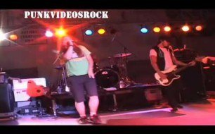 �������� ����������� ���� The Red Jumpsuit Apparatus - Damn Regret (Live @ Lavernapalooza, 2010)
