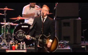 Flogging Molly - Requiem For A Dying Song (Live @ The Greek Theatre, 2013)