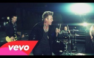 Papa Roach - Leader Of The Broken Hearts