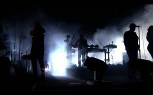 �������� ����������� ���� Nine Inch Nails - In Two (Live @ VEVO Presents)