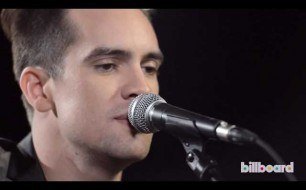 Смотреть музыкальный клип Panic! at the Disco - This Is Gospel (Live @ Jimmy Kimmel, 2013)