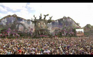 Basto - Love Is Darkness (Live @ Tomorrowland, 2011)
