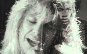 Motley Crue - You re All I Need