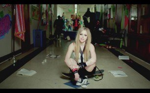 Avril Lavigne - Here s To Never Growing Up