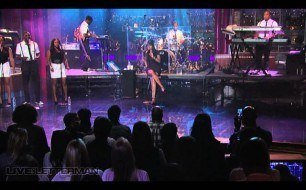 �������� ����������� ���� Jennifer Hudson - I Remember Me (Live on Letterman)
