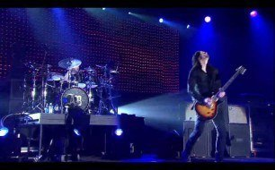 �������� ����������� ���� Alter Bridge - Blackbird (Live @ Wembley)