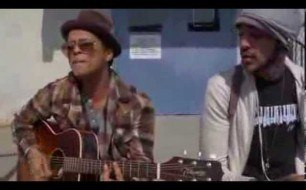 Bruno Mars - Billionaire (feat. Travie McCoy) (Live Acoustic)