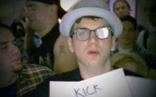 Смотреть музыкальный клип Bloodhound Gang - Why's Everybody Always Pickin' On Me?