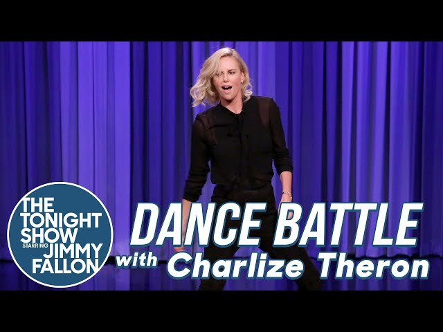 Смотреть видео Dance Battle with Charlize Theron